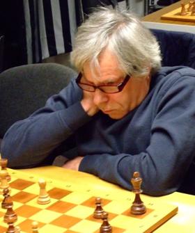 Dr. Ludwig Maibaum holte den dritten Einzelsieg, der den Mannschaftskampf entschied (Foto: A. Obdenbusch)