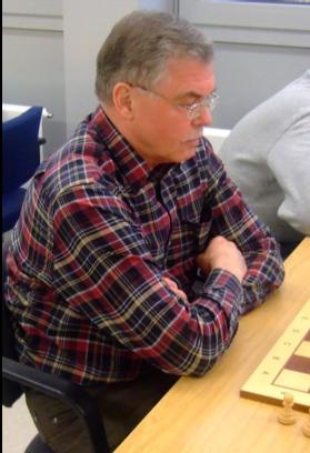 Axel Obdenbusch rettete einen Mannschaftspunkt (Foto: P. Broich)