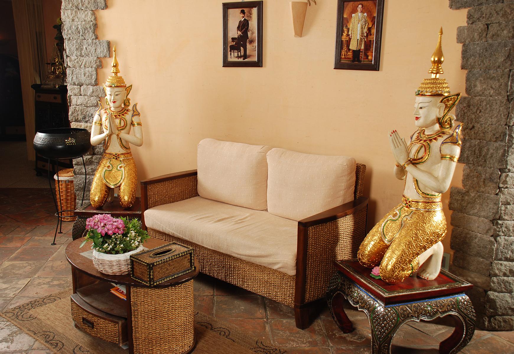 Thaimassage bei Stress + Rückenschmerzen - SIAM SPA Thai