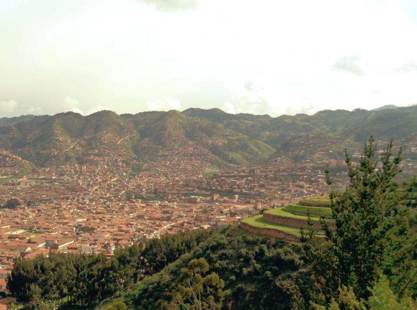 So hübsch sieht Cusco mit den Anden im Hintergrund aus