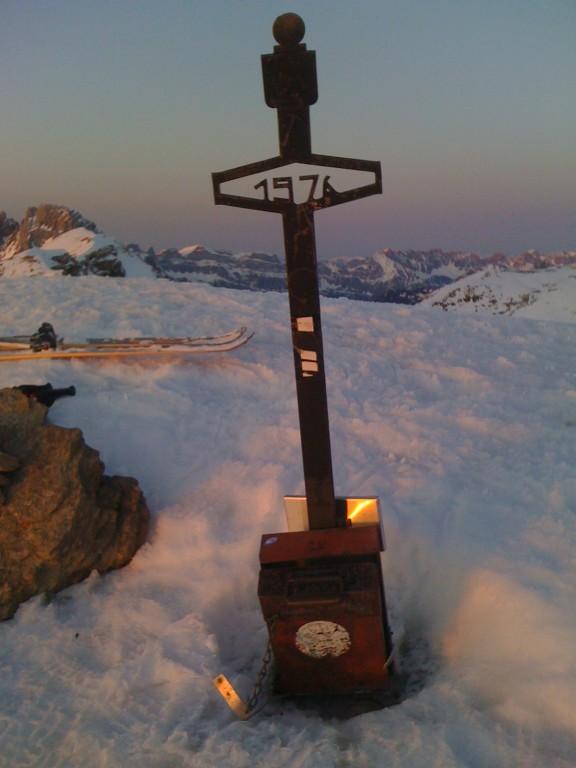 Geschaft, der Gipfel ist erreicht, die Stimmung einfach traumhaft.......