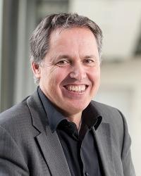 Dr. Arne VAN DEN MAAGDENBERG