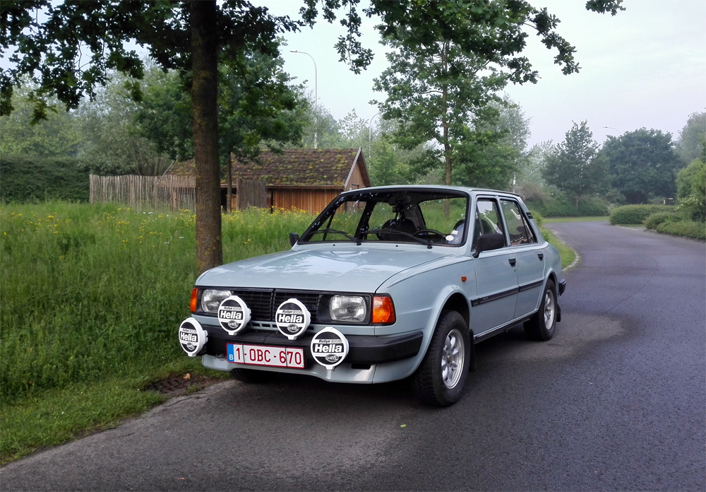 1008 - Skoda - 105 - 1987