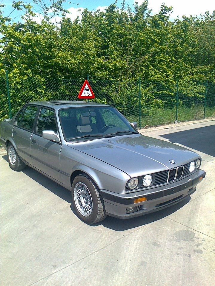 1084 - BMW - E30 - 1987