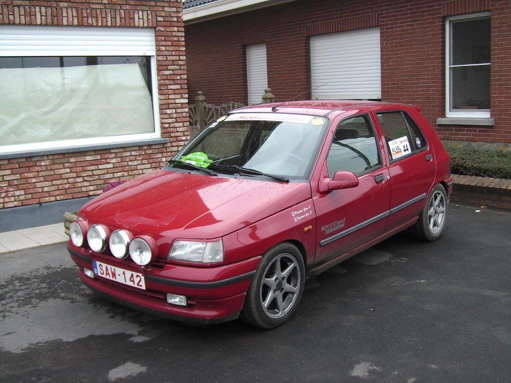 1036 - Renault - Clio - 1993