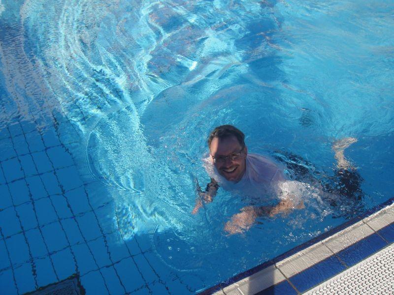 .. auch schwimmen war möglich (es hatte kein Eis im Wasser...)