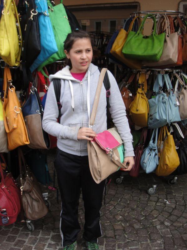 letze Gelegenheit um noch eine Handtasche zu kaufen