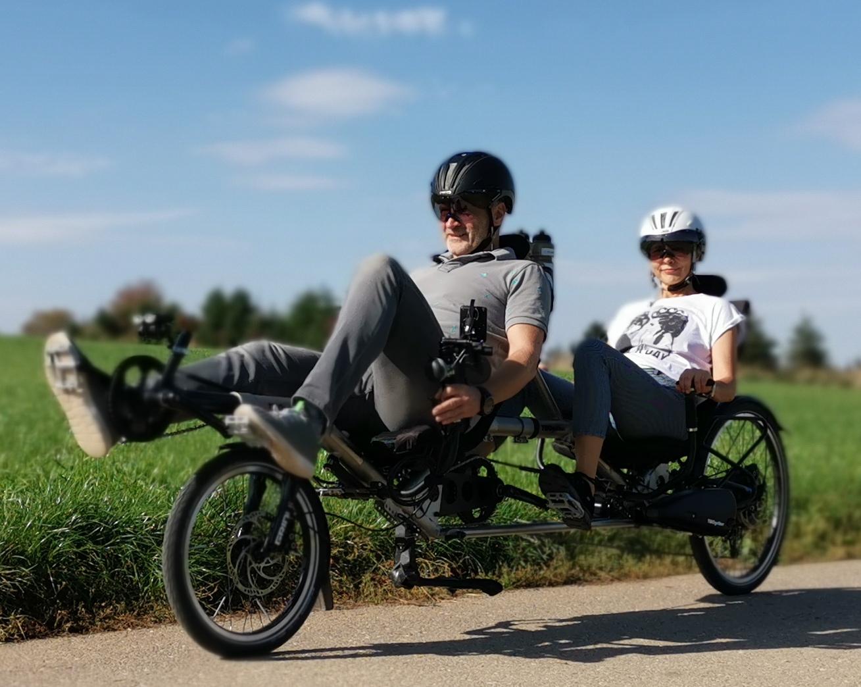 串聯式雙人自行車- TWOgether Co.