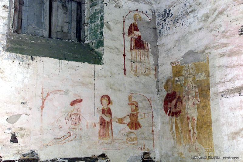 Peintures murales du XVI e siècle, martyre de Saint Étienne et Saint Blaise.