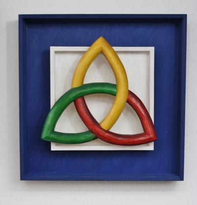 Triquetra Trinity Dreieine  Holz Skulptur