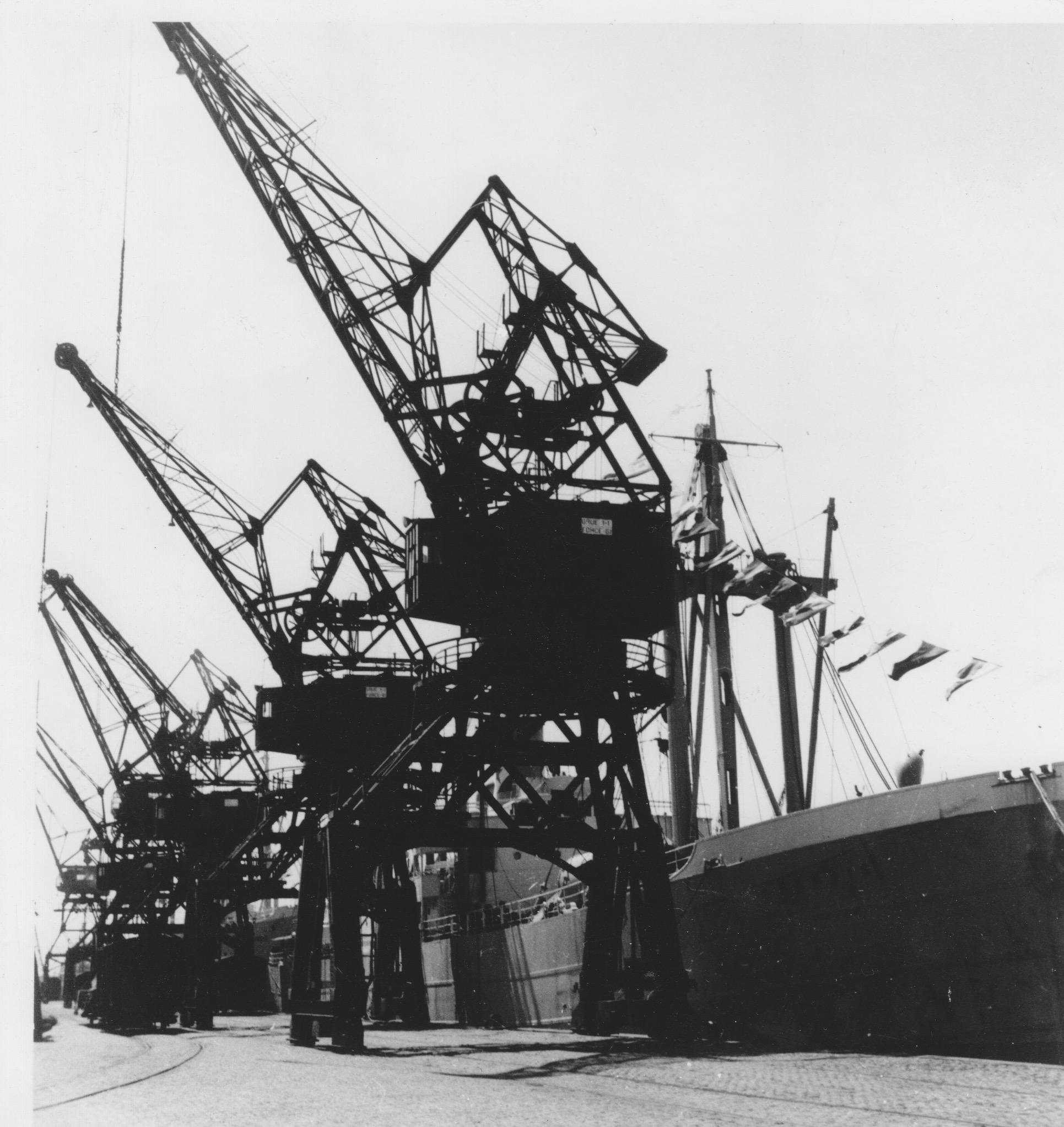 Foto Hafenkräne Belgien Zeebrügge 1957