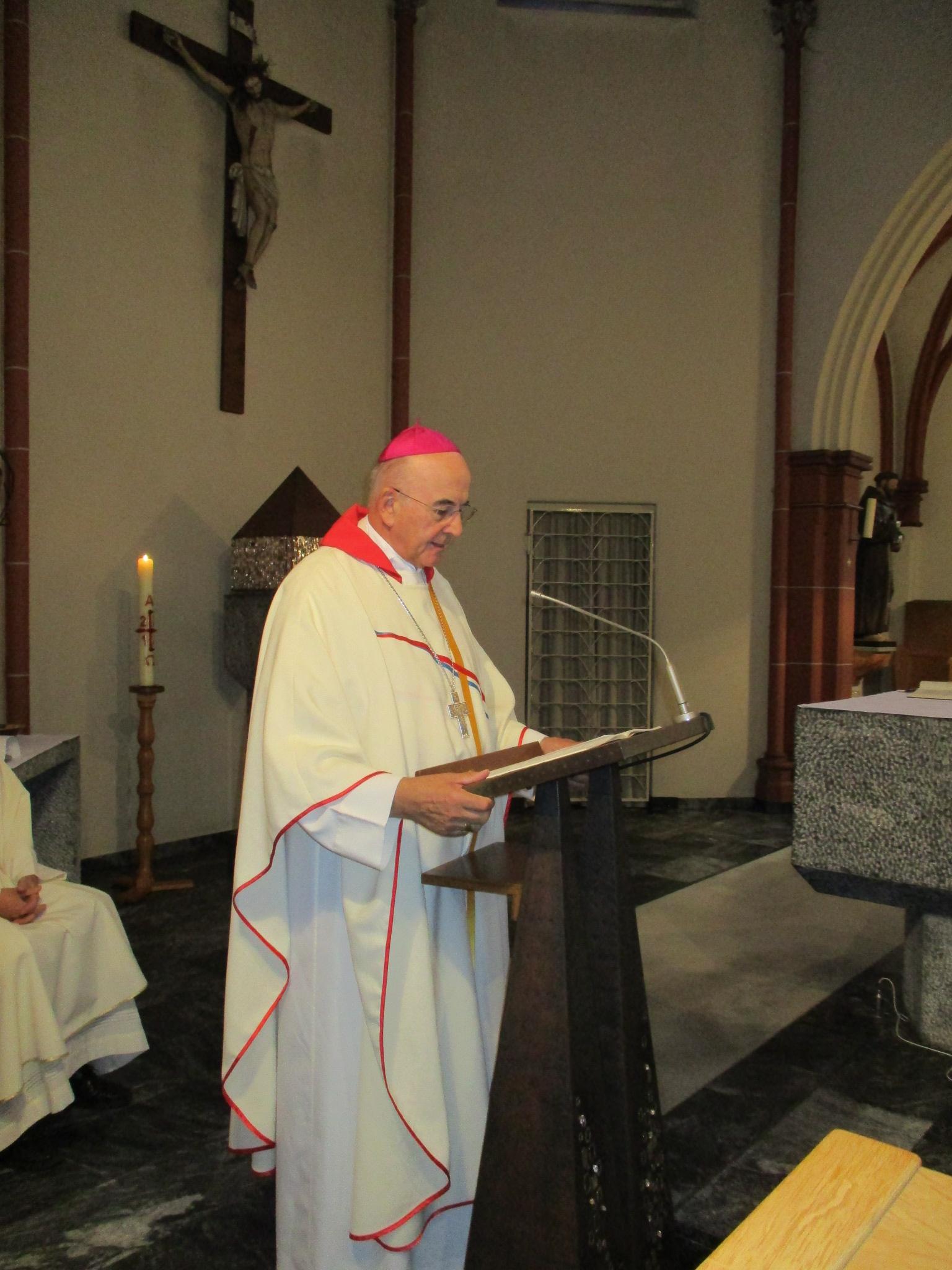 unser Bischof Felix Genn