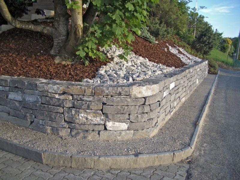 Kleinmauersteine Quarzsandstein Plasselb