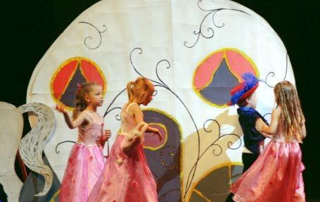 Princes et princesses, lors du 26eme gala de danse Musidnse