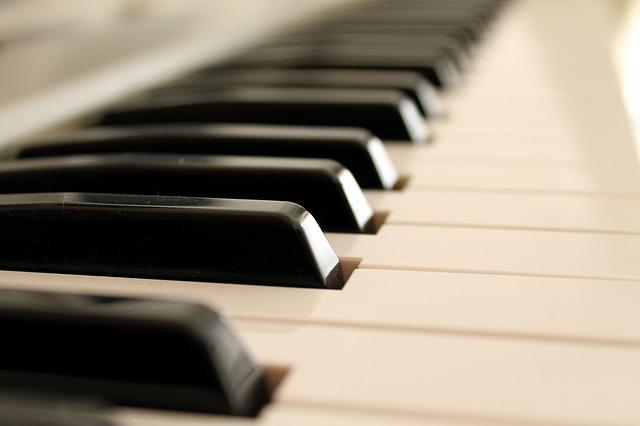 国内を代表する2大ブランドのピアノの特徴