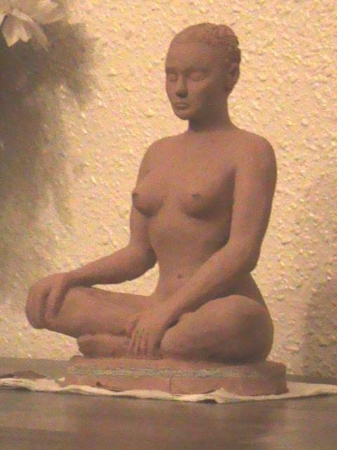 """""""Serenity"""" скульптура сидит обнаженная женщина.""""sérenité"""" sculpture femme nue assise.nouveausculpteur"""