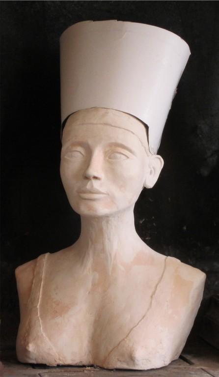 buste de nefertiti en terre cuite nouveausculpteur