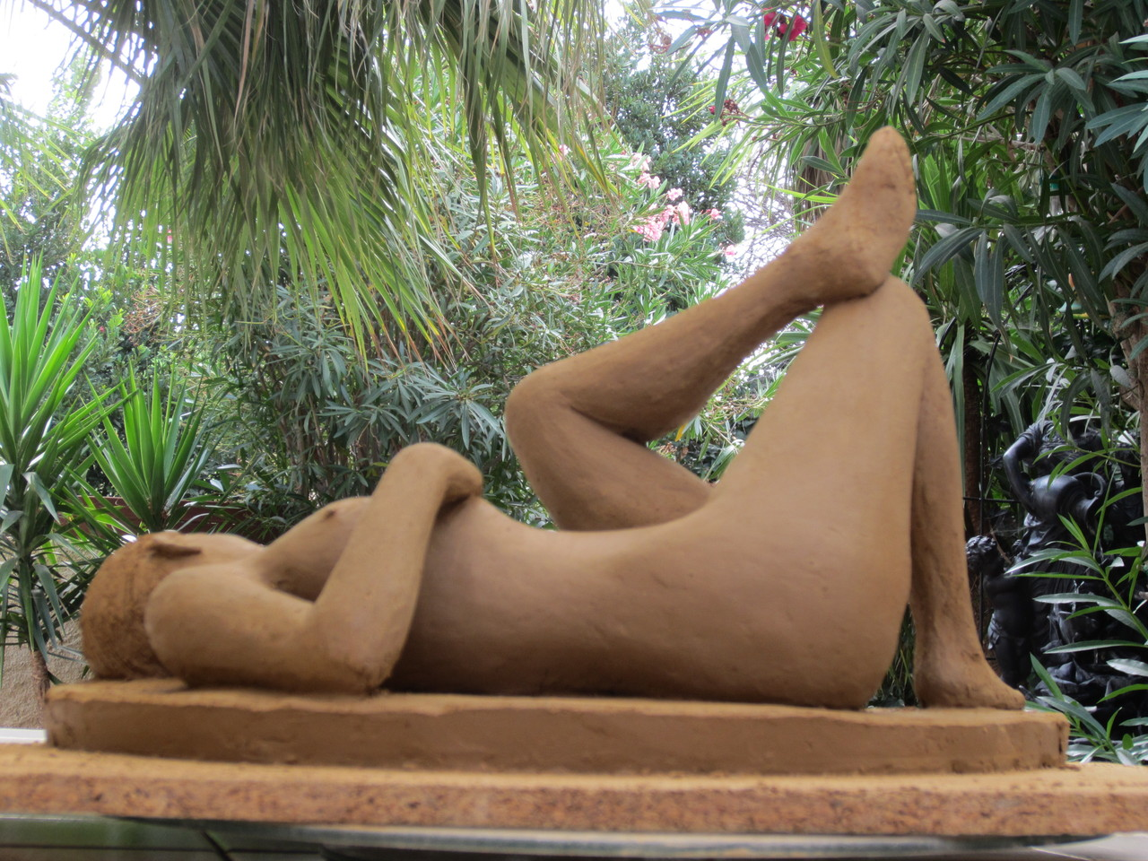 """nu couché"" sculpture argile 2013"