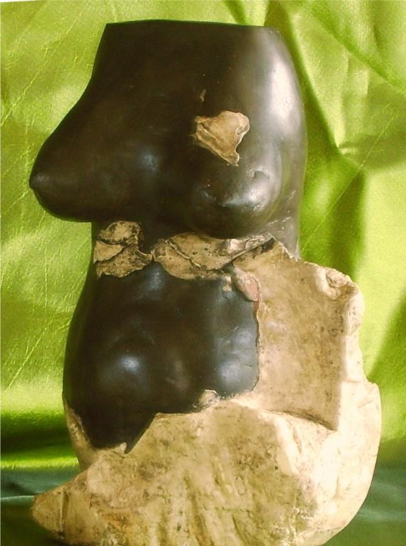 before the bigenning ,nouveau sculpteur, sculpture argile femme enceinte, nu artistique