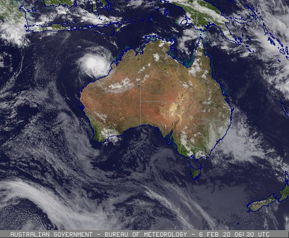 Tropical Cyclone Damien developing off the WA coast, 06/02/2020. Images from BoM