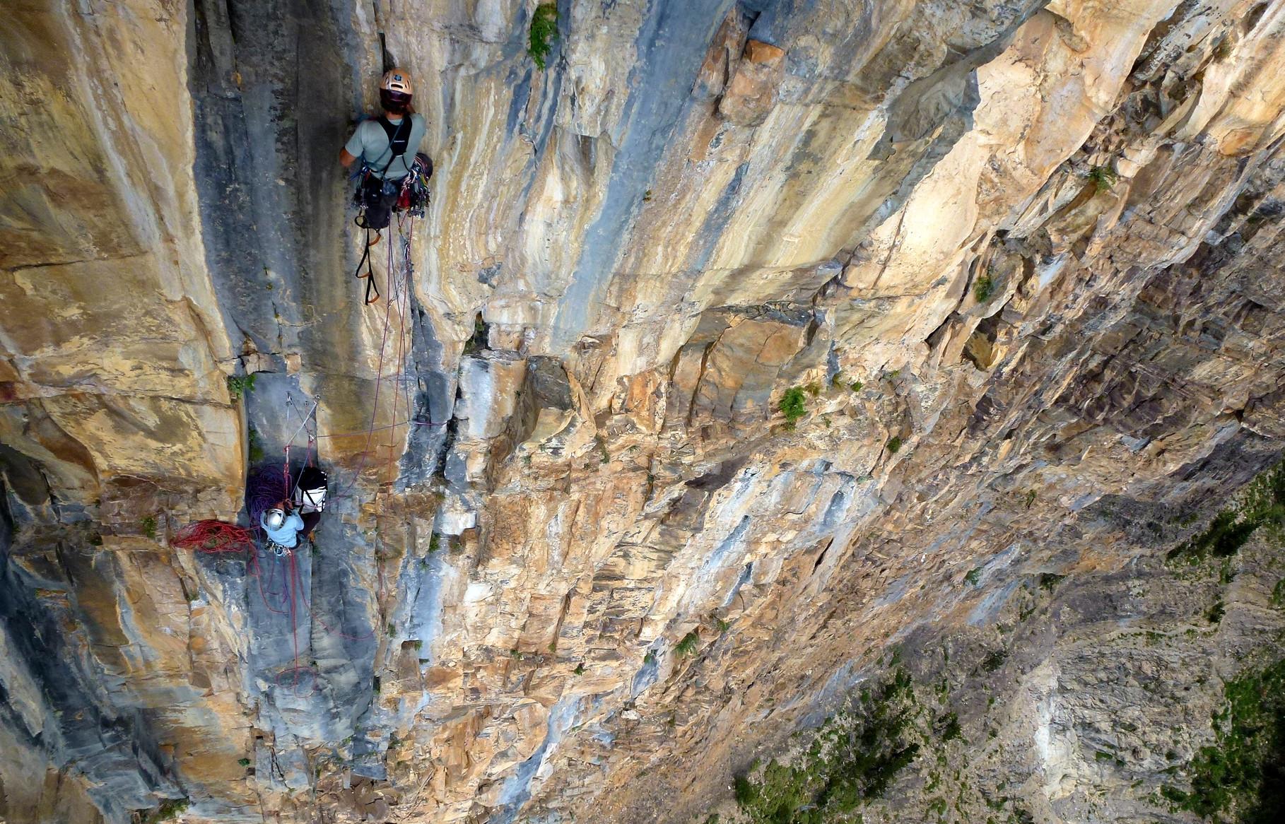Voyage vertical / Vertical journey, Ordesa, Pyrenees
