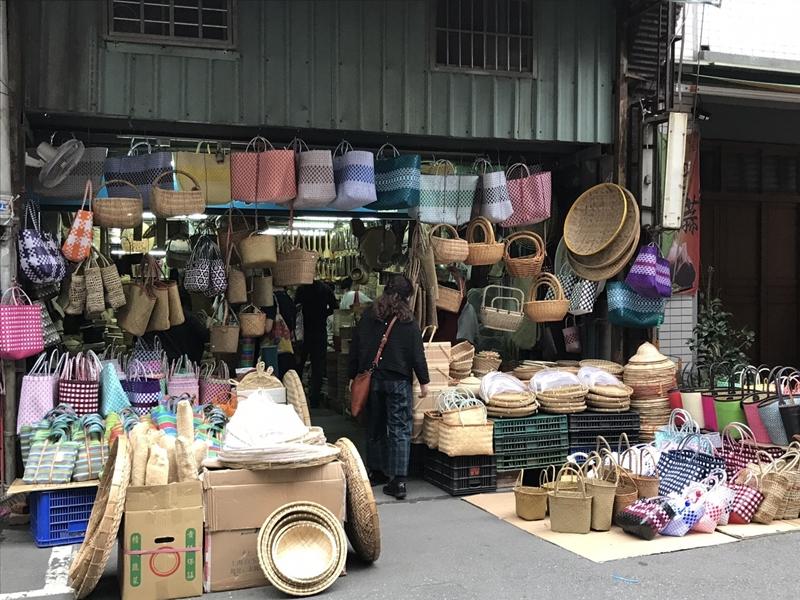 創業が民国前5年の竹細工店(買い物籠購入)