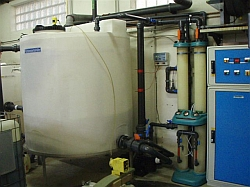 Ozonaufbereitung für KFZ Waschwasser mit Vorlagetank