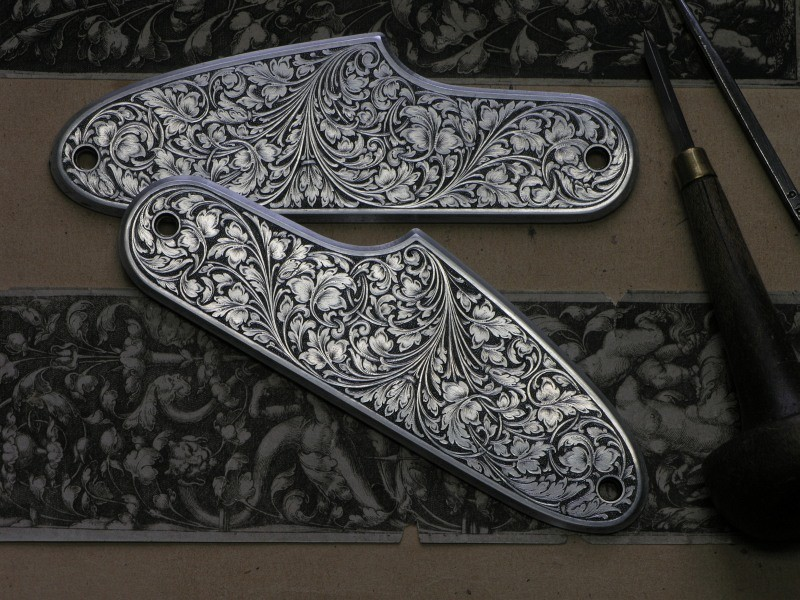 Side plates for a Blaser rifle