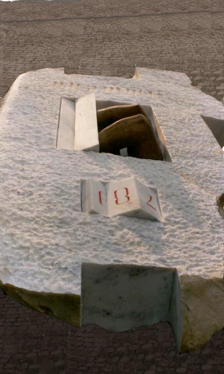 MURO - 1986 - AUBAGNE - FRANCIA - MARMO E LEGNO - 0,80 X 1,50 X 2,50 m