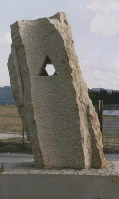 La stella invisibile - 1997 - Campomaggiore - Pietraserena - 2,50 x 1,20 x 1,20 m