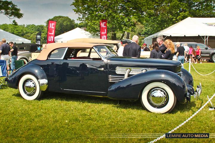 Cord 810 Convertible Pheaton 1936