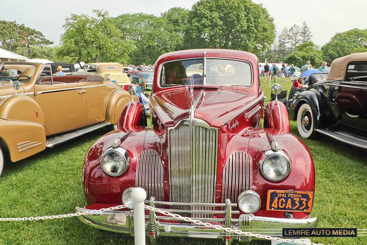 Packard 180 LeBaron Sport Sedan 1941