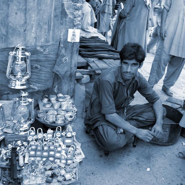 地蔵建立—ペシャワール[パキスタン] Jizoing: Peshawar [Pakistan], 1988
