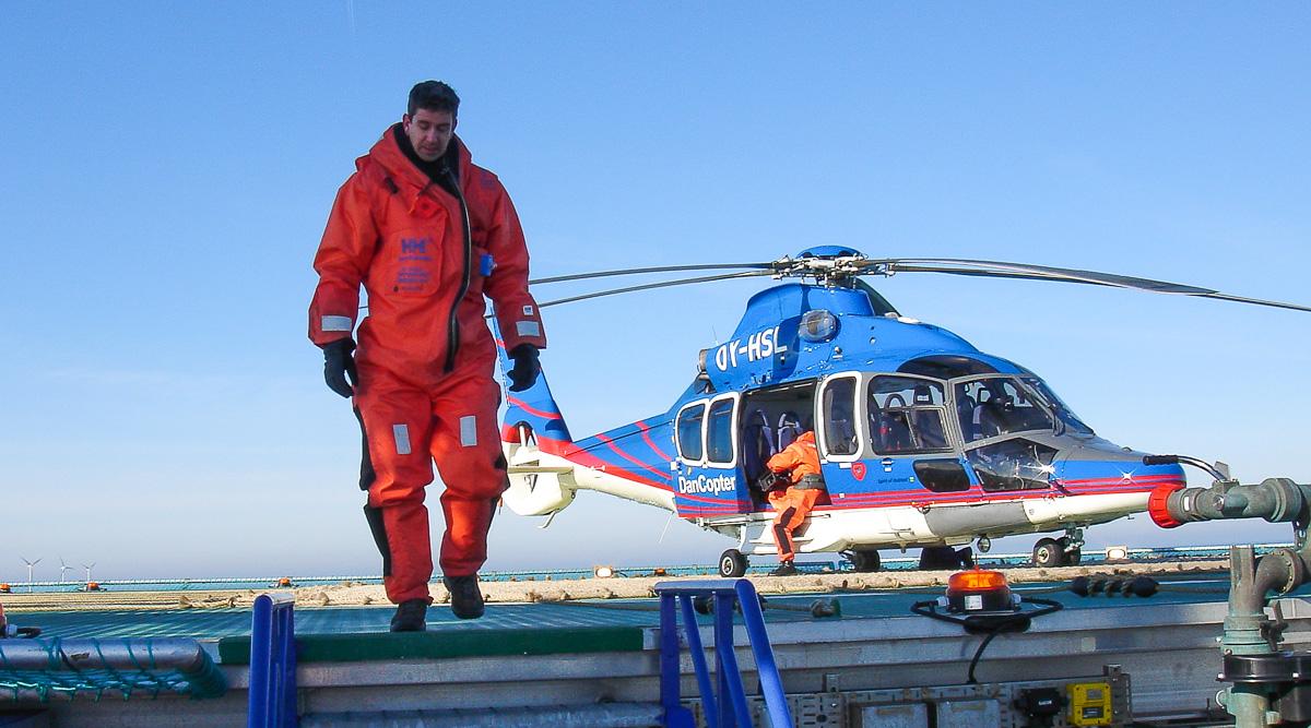 Dreh auf Windkraft-Versorgerplattform in der Nordsee