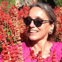 Susi Rüedi, Biologielehrerin und Begründerin des Wildpflanzenmarkts auf dem Andreasplatz
