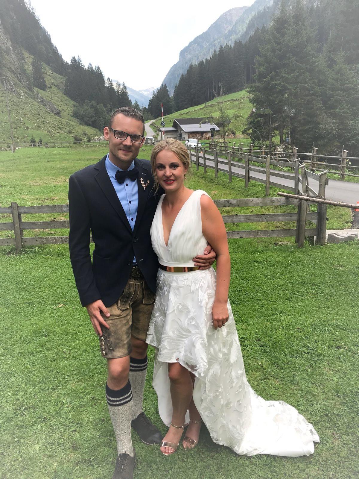 Jessica & Lars sind glücklich verheiratet in den Zillertaler Alpen