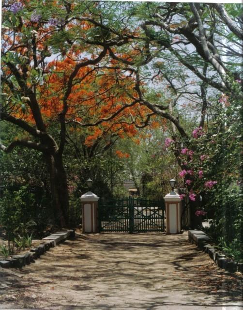 Meherazad - front gates