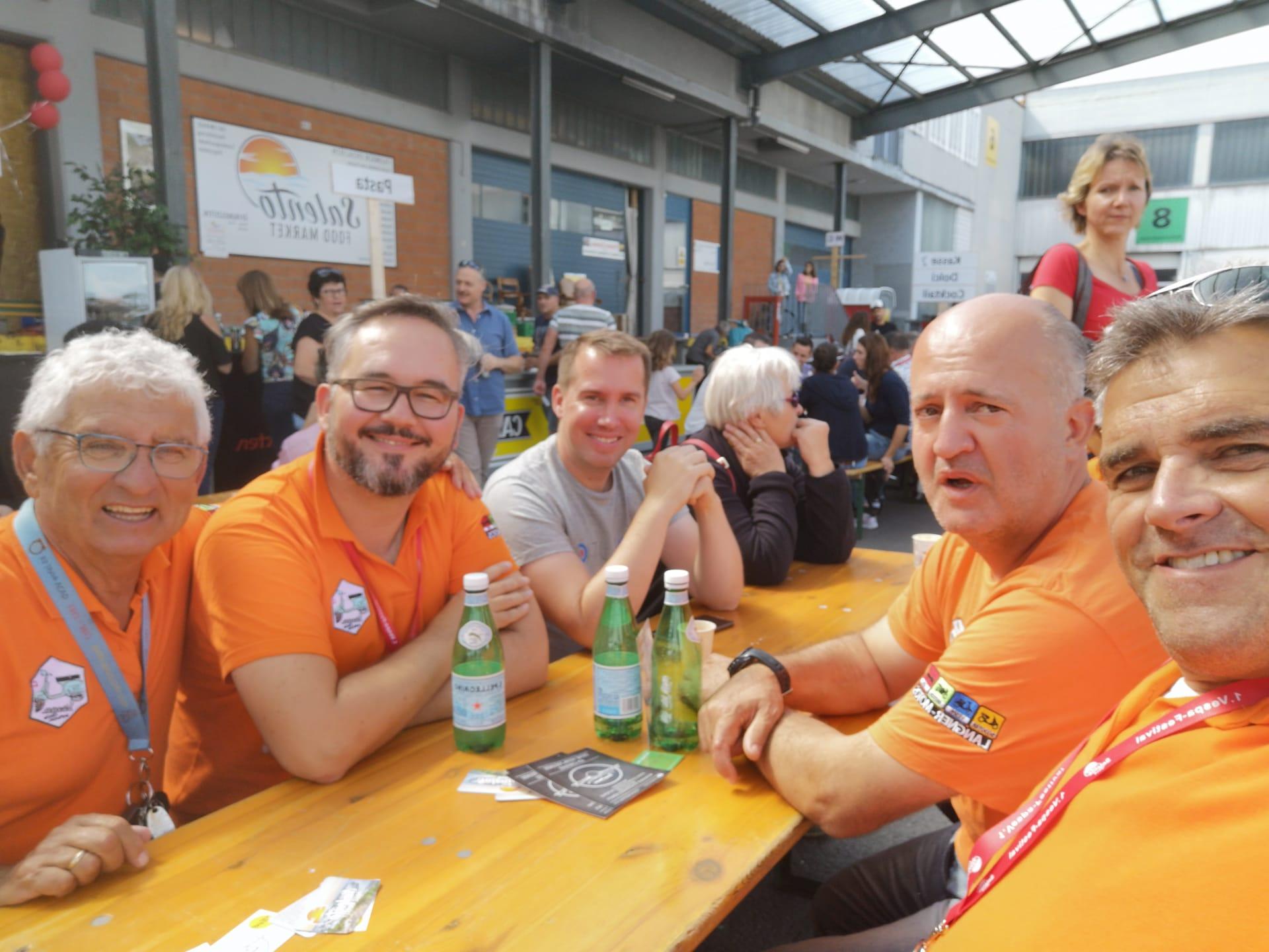 Erstes Treffen Mit Freund Rapperswil