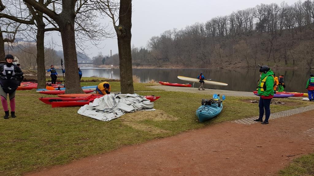 Samstagmorgen Start in Leisnig am Bootshaus zur 2. Etappe nach Grimma.