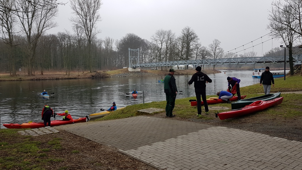Ankunft in Grimma an der Hängebrücke.
