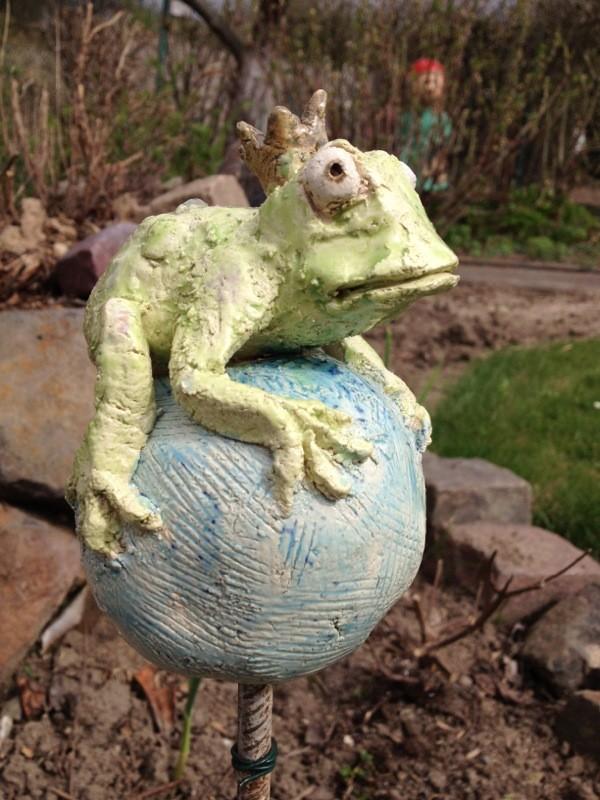 Froschkönig, Arbeiten aus Ton