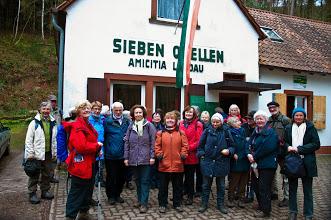 unsere Gruppe vor der Amicitiahütte, März 2014