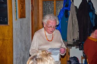Frau Steinhäußer bedankt sich beim PWV Edenkoben in der Amicitiahütte, März 2014