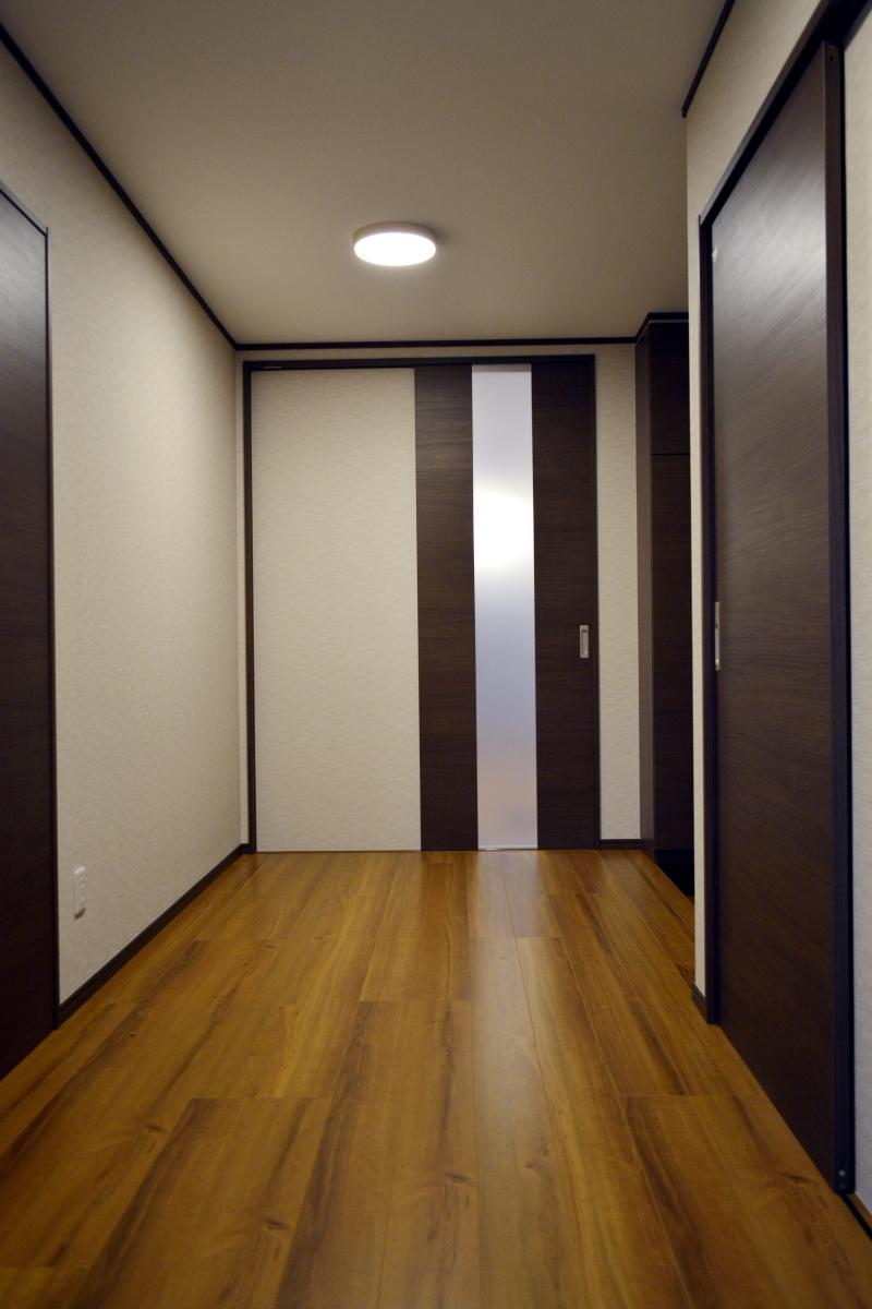 広々した廊下