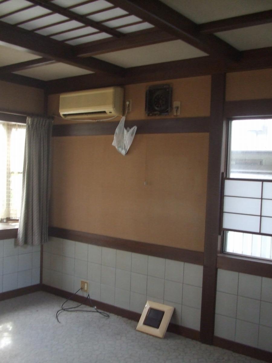 施工前 この応接室がキッチンに