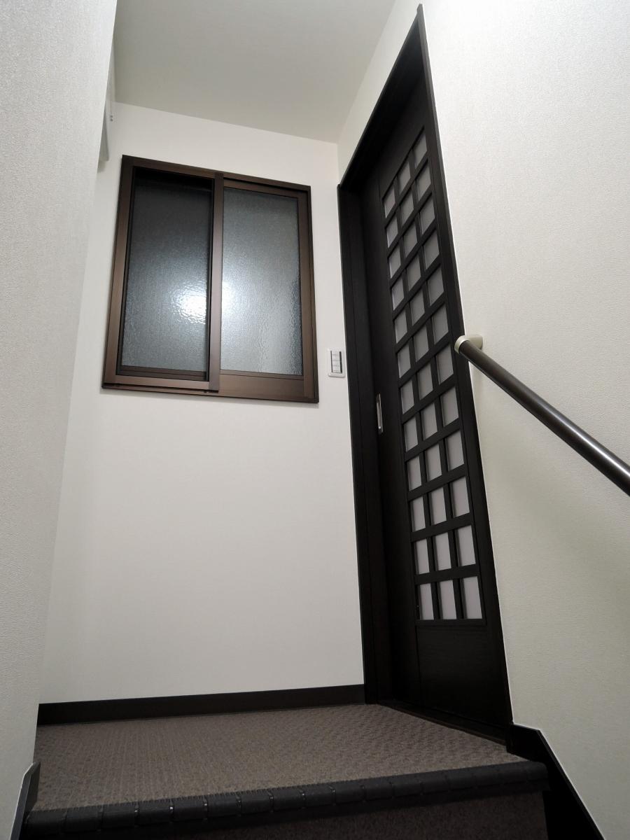 施工後 階段室