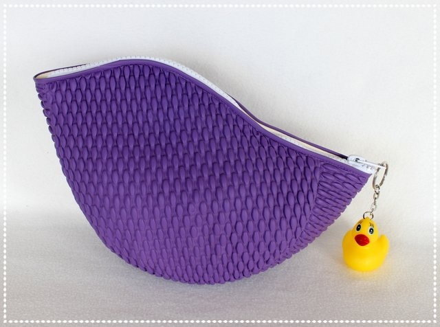 Badekappentasche violett