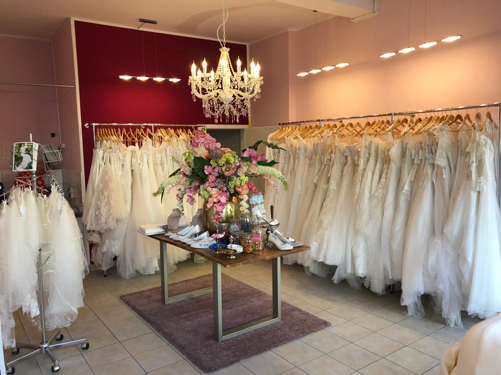 Unser Brautmodengeschaft In Gelsenkirchen Wondervolle Brautmode
