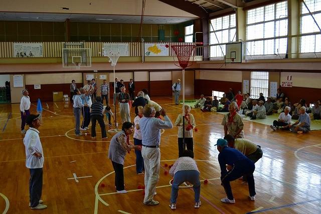 老連スポーツ大会(玉入れ)