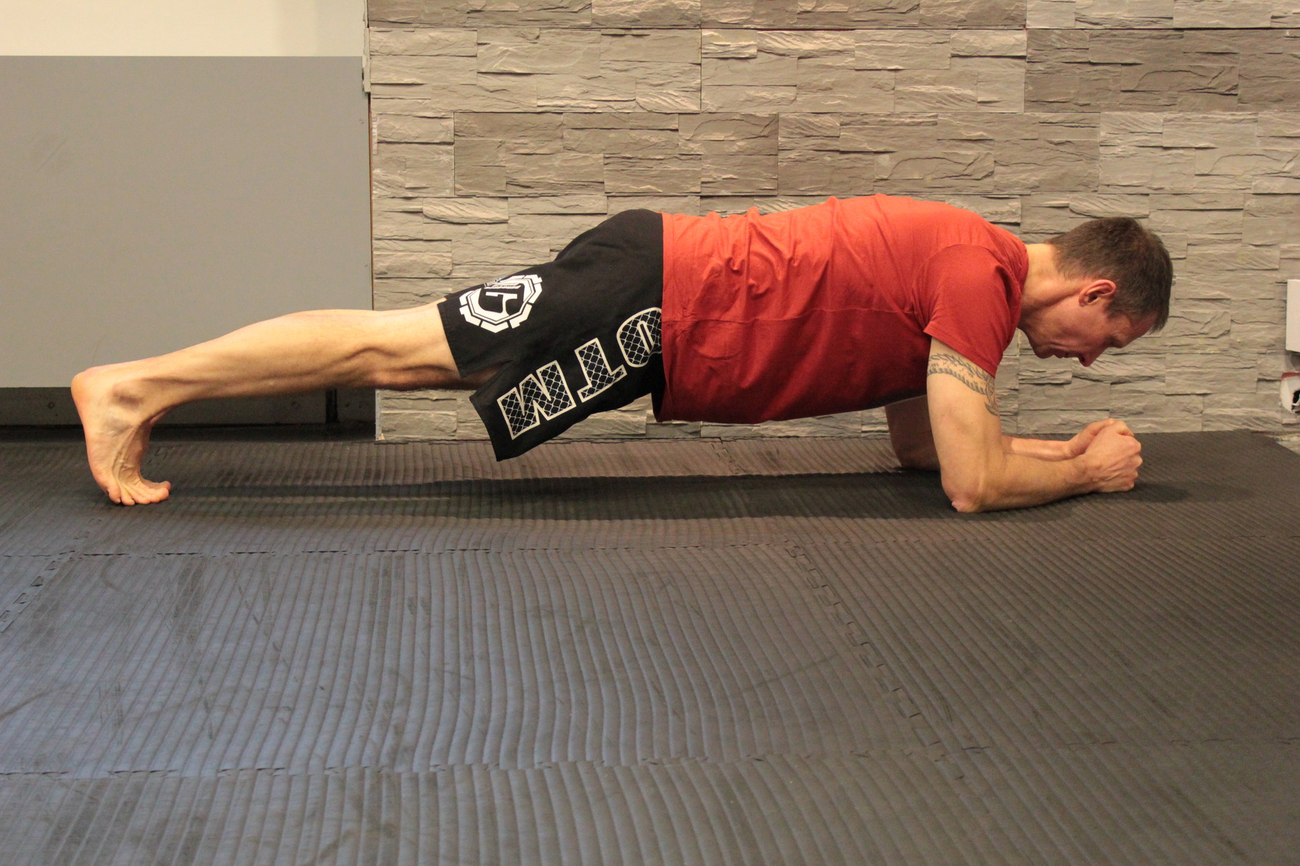 Hardstyle Plank